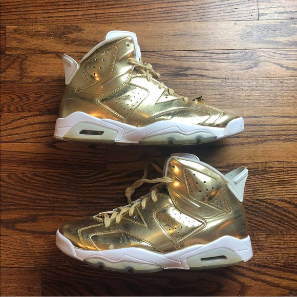 outlet store d3d3d db88f Air Jordan Retro 6 Pinnacle Gold size 13 Used